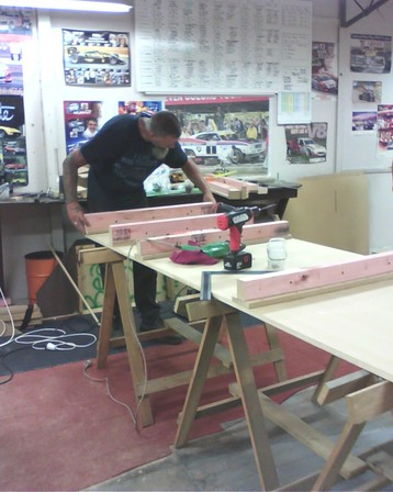 Setting up the first of the Legs and Joiners